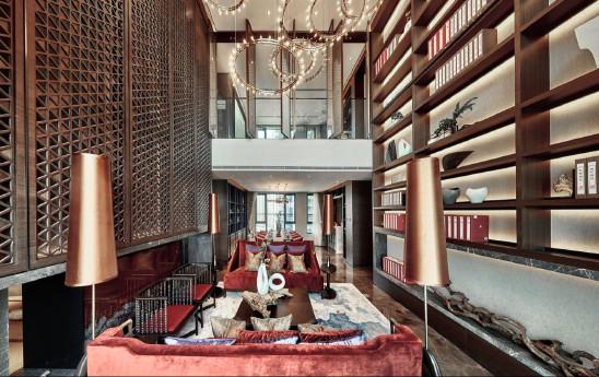 """收藏""""帝王之色""""的图书馆之家"""