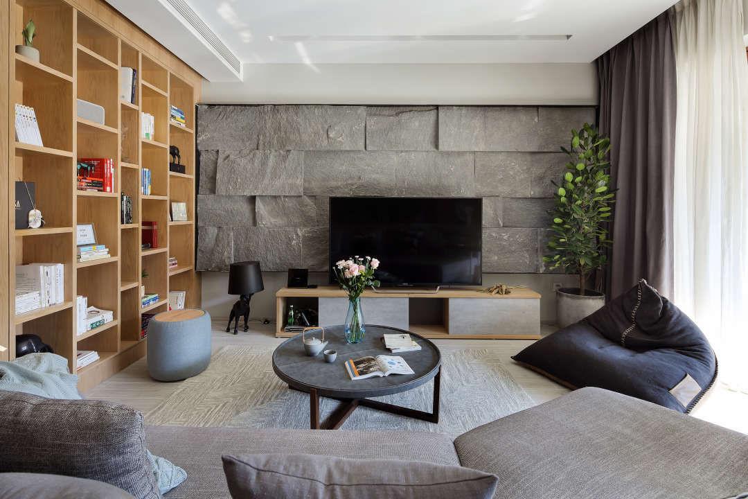 用原木风打造160平大宅,电视背景墙和阳台墙砖好喜欢!