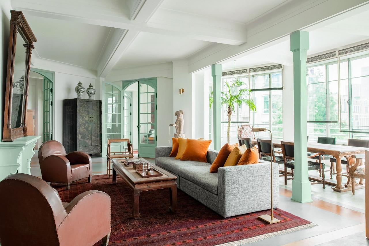 亚洲第一公寓,浴室和卧室一样大,正对豪华夜景泡澡