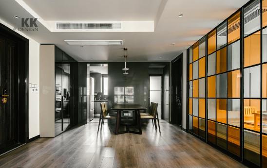 尚汇豪庭 时尚酷劲之家主卧享受酒店式品质